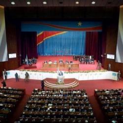 Pourquoi le gouvernement de la RDC compte-il plus de ministres que...