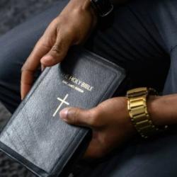 Pourquoi les ventes de bibles ont explosé ?