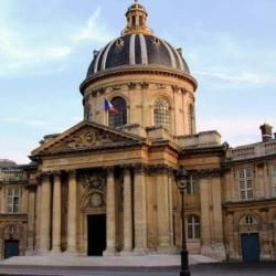 Pourquoi l'académie française dit-elle que Covid est féminin ?