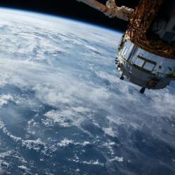 Pourquoi dit-on que l'Algérie avait lancé un satellite avant la...