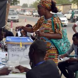 Pourquoi enAfrique on peut voter sans être au courant ?
