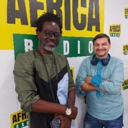 Ambiance Africa - Papis Niang & Sébastien (Bienvenue au Sénégal)
